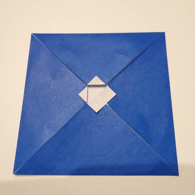 桔梗の花を折り紙一枚で立体的につくる折り方(8)