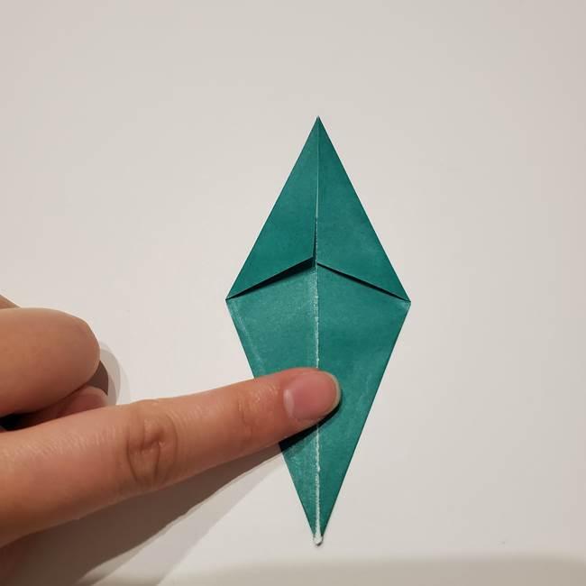 桔梗の葉っぱの折り紙 簡単な折り方作り方①葉っぱ(5)