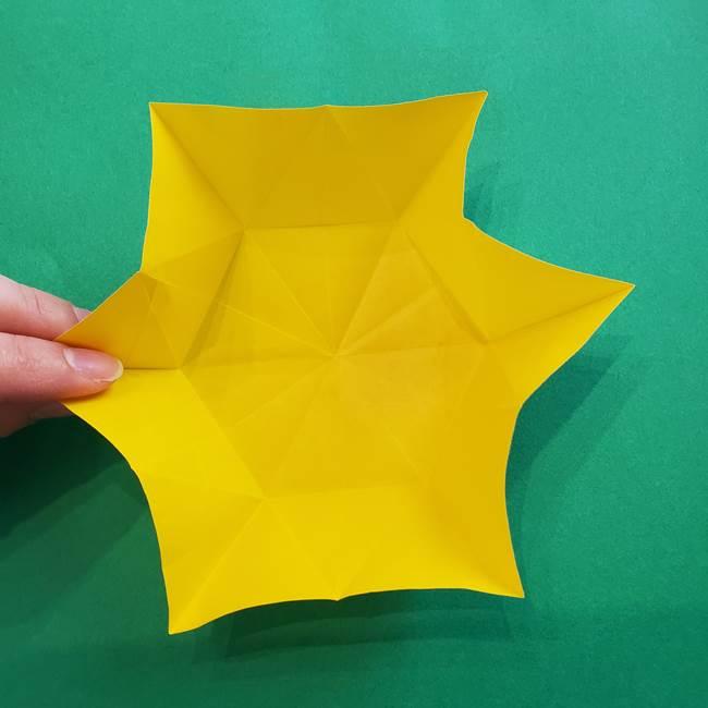 水仙の折り紙 平面の折り方作り方②花(12)