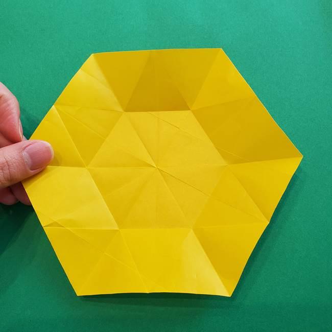 水仙の折り紙 平面の折り方作り方②花(14)