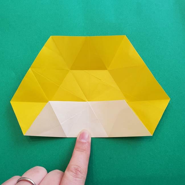水仙の折り紙 平面の折り方作り方②花(15)