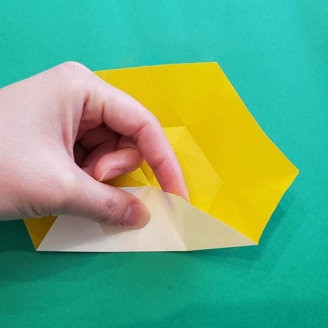 水仙の折り紙 平面の折り方作り方②花(16)