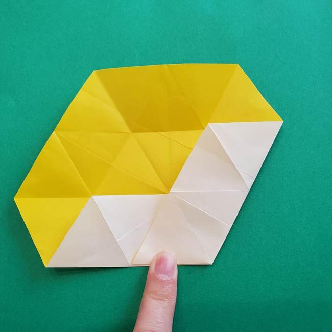 水仙の折り紙 平面の折り方作り方②花(19)