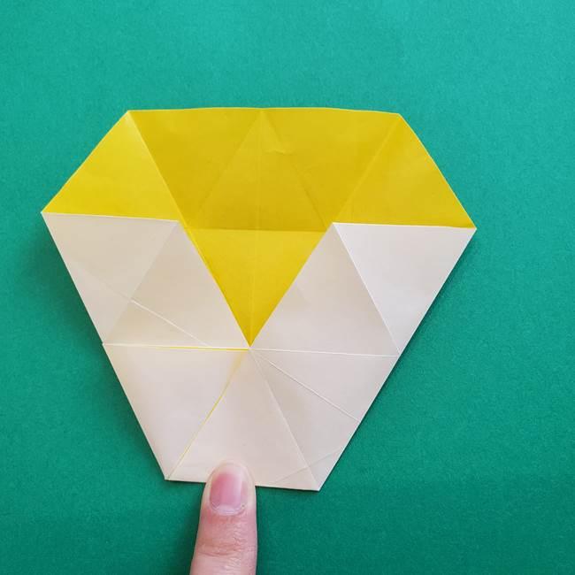 水仙の折り紙 平面の折り方作り方②花(23)