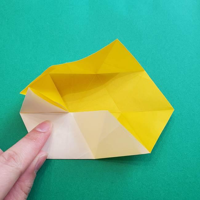 水仙の折り紙 平面の折り方作り方②花(27)