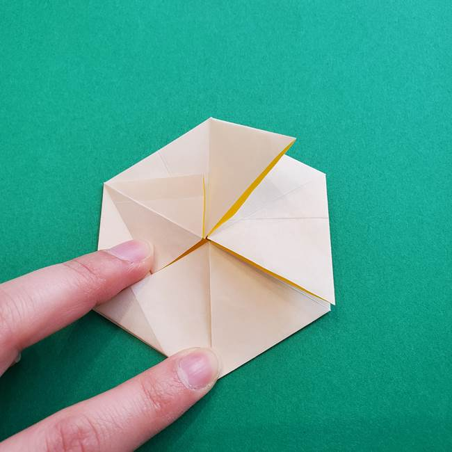 水仙の折り紙 平面の折り方作り方②花(38)