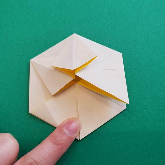 水仙の折り紙 平面の折り方作り方②花(39)
