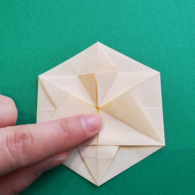 水仙の折り紙 平面の折り方作り方②花(44)