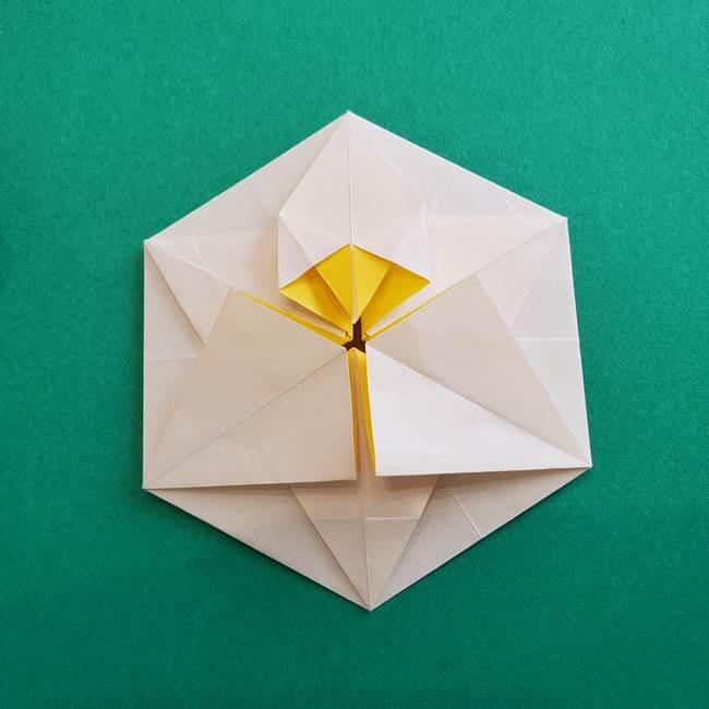 水仙の折り紙 平面の折り方作り方②花(47)