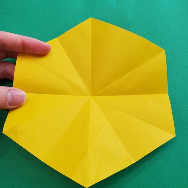 水仙の折り紙 平面の折り方作り方②花(5)