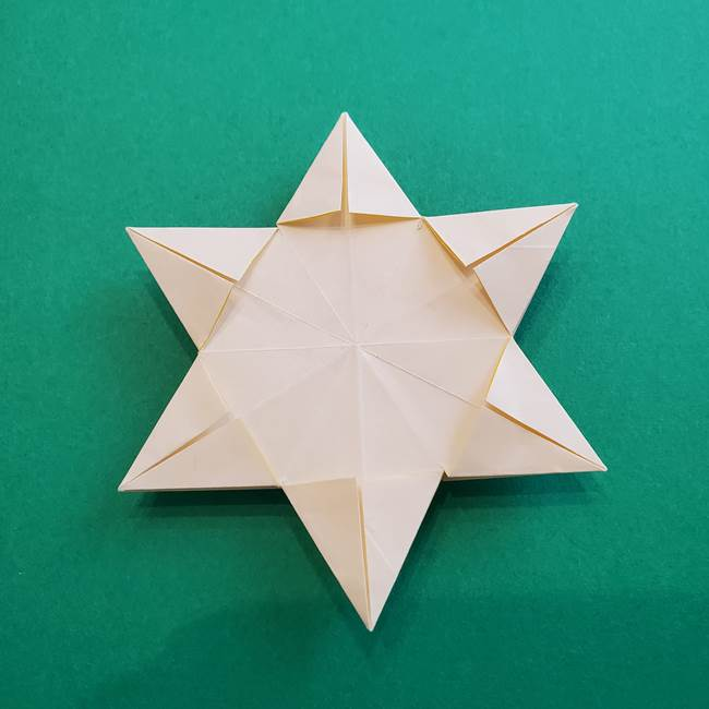 水仙の折り紙 平面の折り方作り方②花(56)
