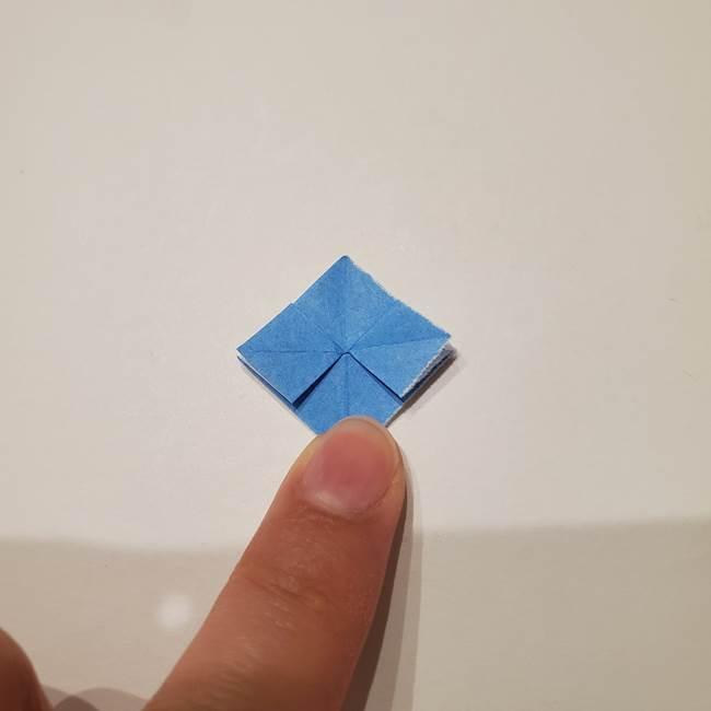 紫陽花の折り紙 子ども幼児向けの折り方作り方(16)