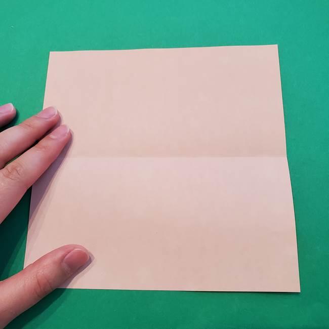 誕生日の飾り付け 折り紙の星を大量につなげて手作りガーランドの作り方①折る(3)
