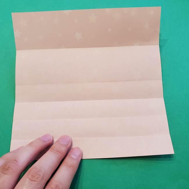 誕生日の飾り付け 折り紙の星を大量につなげて手作りガーランドの作り方①折る(9)
