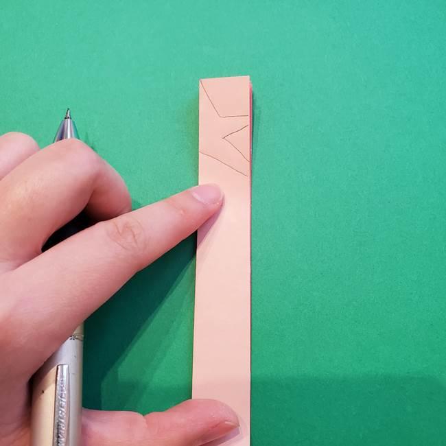 誕生日の飾り付け 折り紙の星を大量につなげて手作りガーランドの作り方②切る(2)