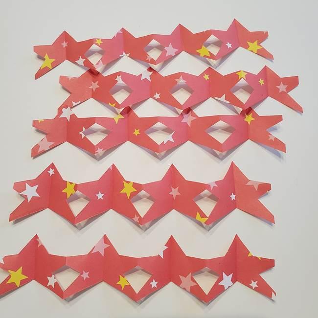誕生日の飾り付け 折り紙の星を大量につなげて手作りガーランドの作り方③完成(1)