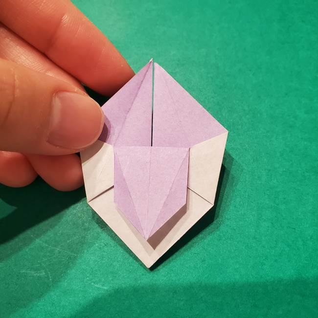6 月の折り紙 あじさいを立体に折る折り方作り方(25)