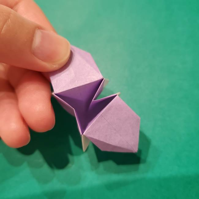 6 月の折り紙 あじさいを立体に折る折り方作り方(31)