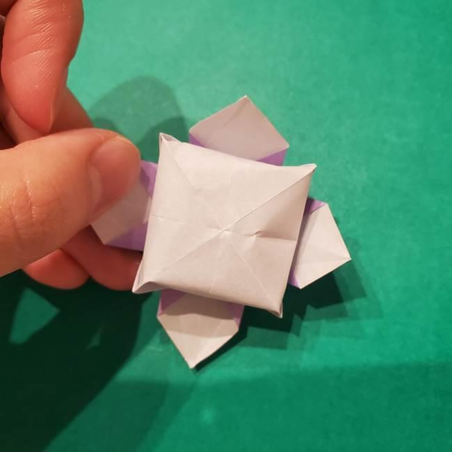 6 月の折り紙 あじさいを立体に折る折り方作り方(33)