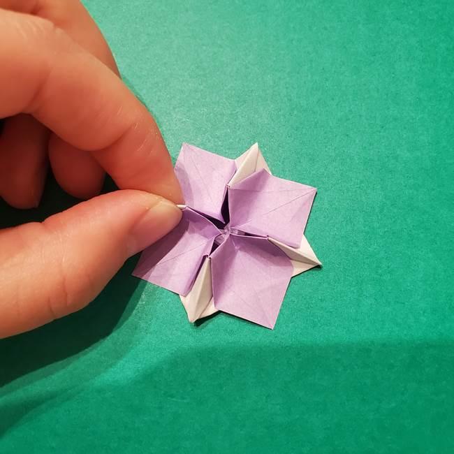 6 月の折り紙 あじさいを立体に折る折り方作り方(38)