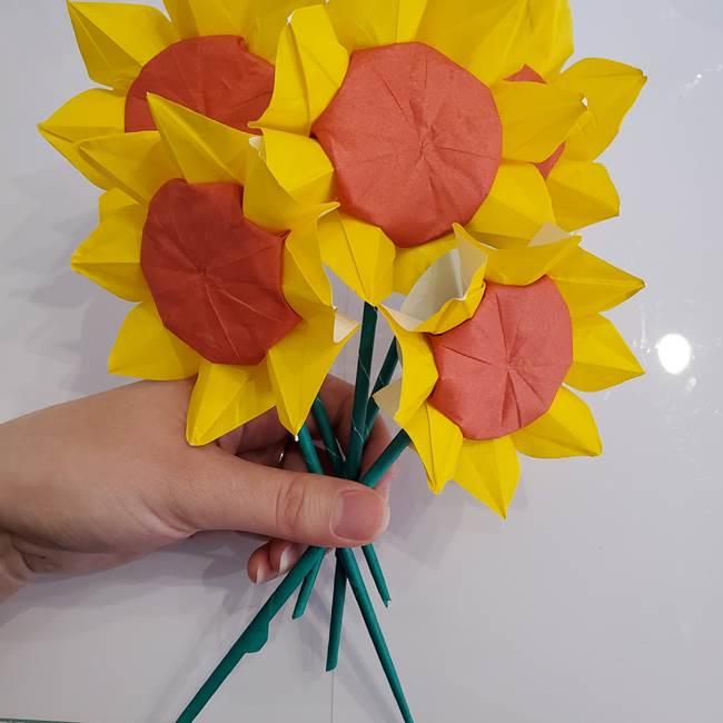 ひまわりの折り紙 立体的な花束とブーケの作り方①花束(9)