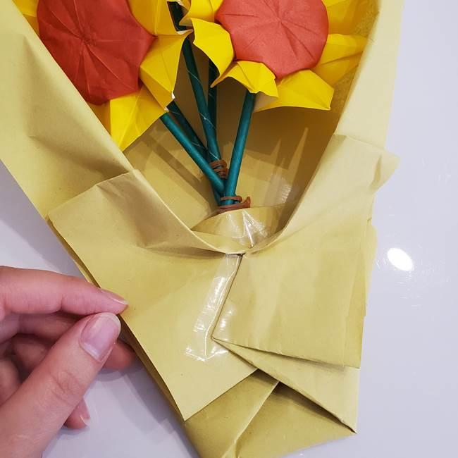 ひまわりの折り紙 立体的な花束とブーケの作り方②花束(7)