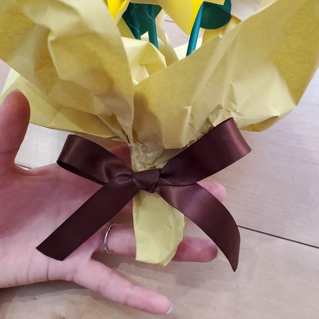 ひまわりの折り紙 立体的な花束とブーケの作り方④ブーケ(5)