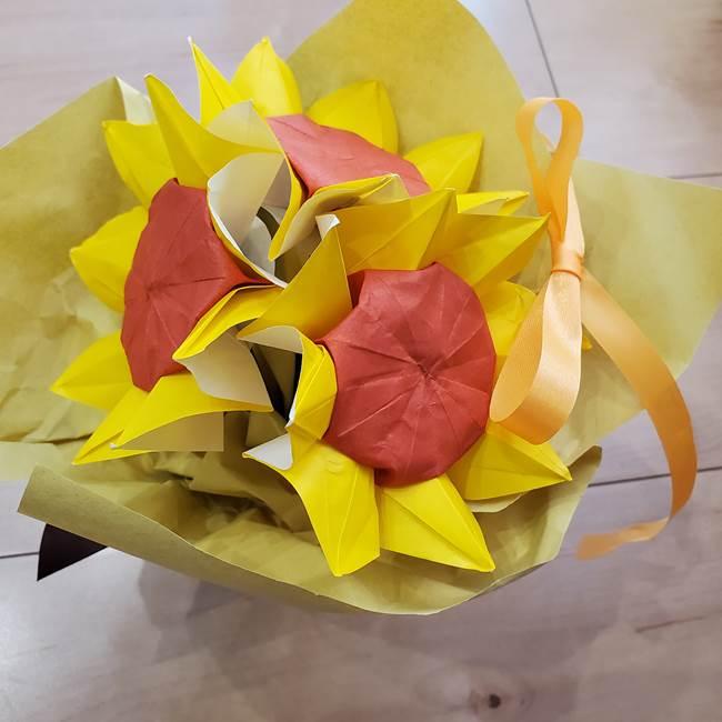ひまわりの折り紙 立体的な花束とブーケの作り方④ブーケ(6)