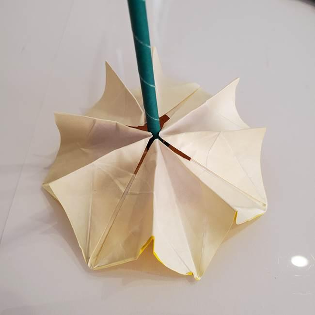 ひまわりの折り紙 立体的な葉っぱと茎の折り方作り方④上向き(12)
