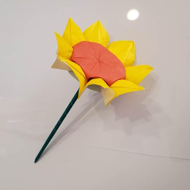 ひまわりの折り紙 立体的な葉っぱと茎の折り方作り方④上向き(16)
