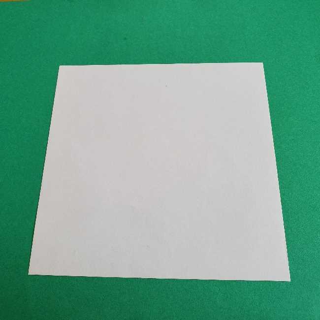 キティとダニエルの折り紙*用意するもの (1)