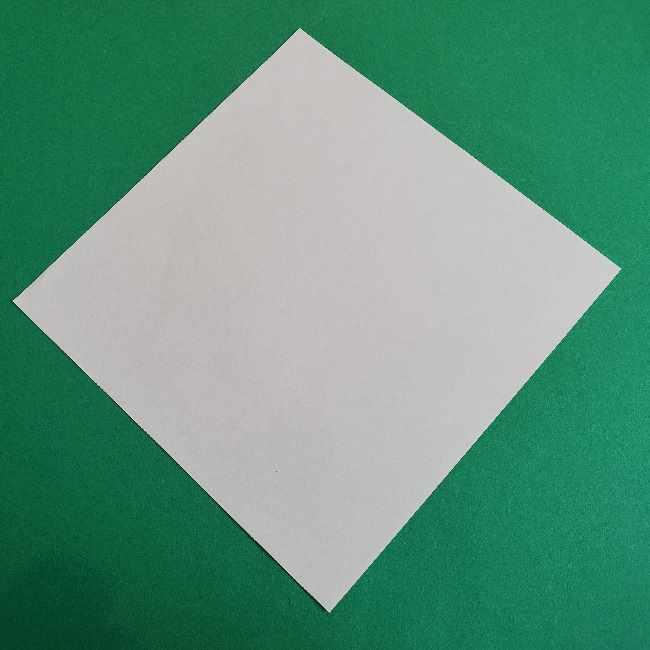 サンリオ キティのパパとママの折り紙*折り方作り方①顔 (1)
