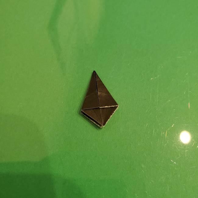 折り紙でなすを立体的につくる折り方作り方②へた(3)