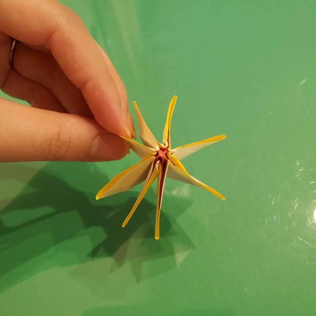 折り紙のひまわり 立体的で少し難しい作り方折り方②折る(48)