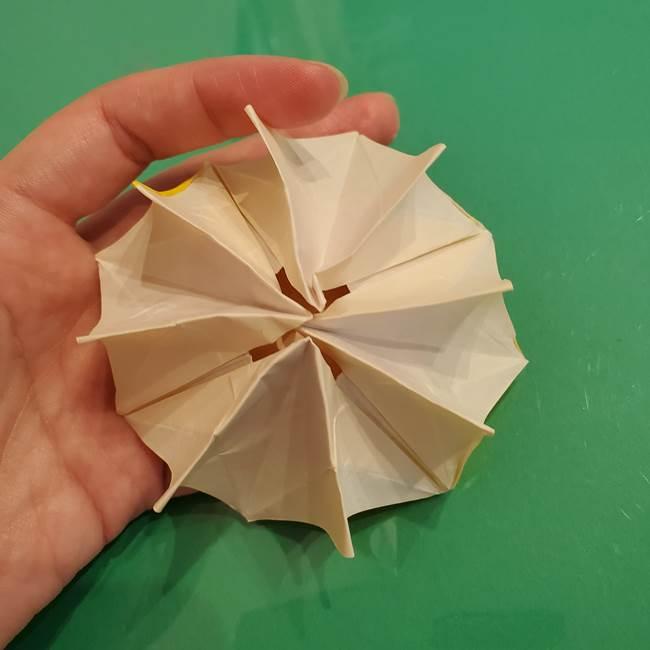 折り紙のひまわり 立体的で少し難しい作り方折り方②折る(52)