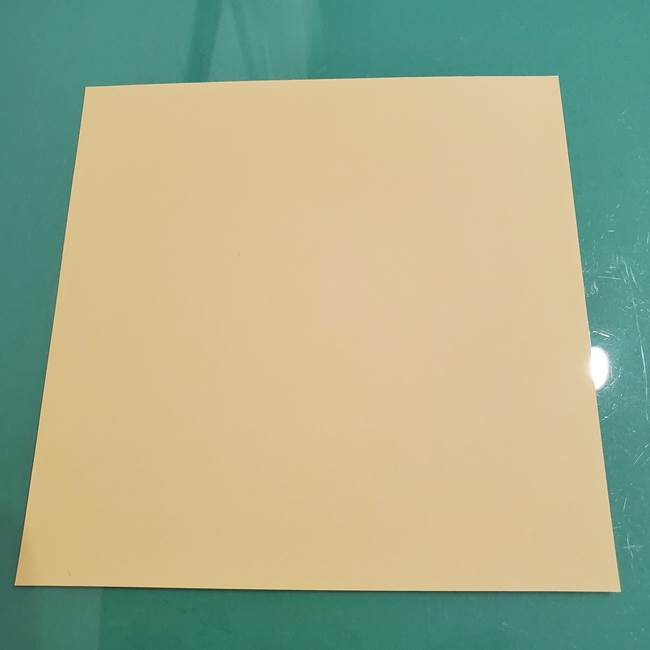 折り紙のメロンパン*用意するもの1