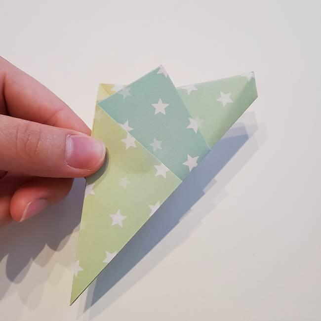 折り紙の星型の切り方折り方①折る(13)