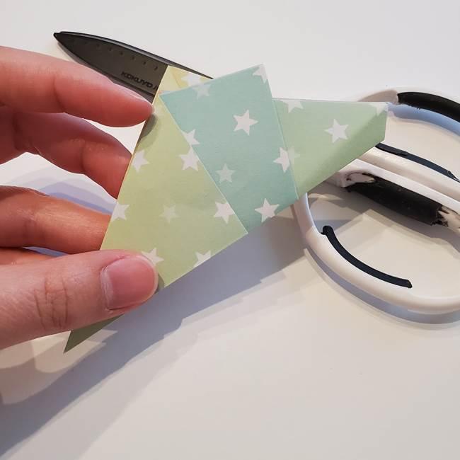 折り紙の星型の切り方折り方①折る(14)