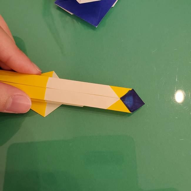 貼り合わせて折り紙のザシアンの完成(7)