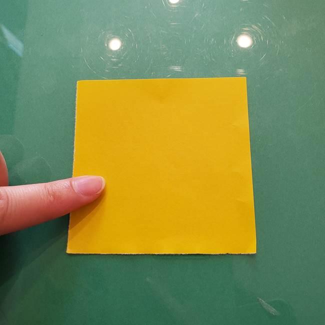 コスモス①8枚の折り紙パーツをつくる(1)
