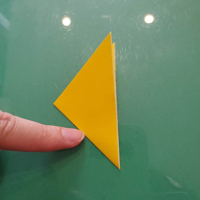 コスモス①8枚の折り紙パーツをつくる(4)