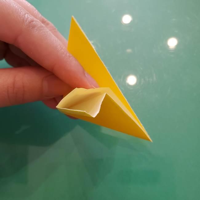 コスモス①8枚の折り紙パーツをつくる(9)