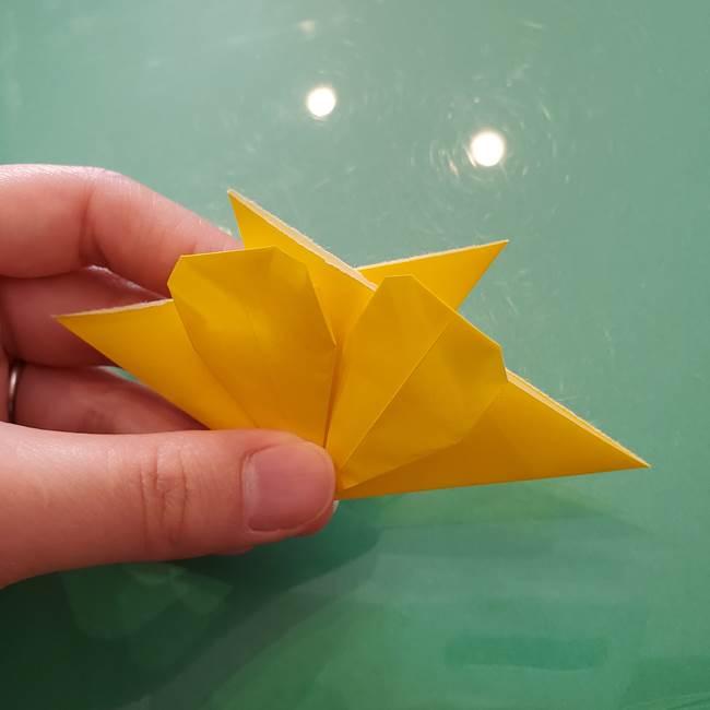 コスモス②折り紙を8枚組み合わせる(2)