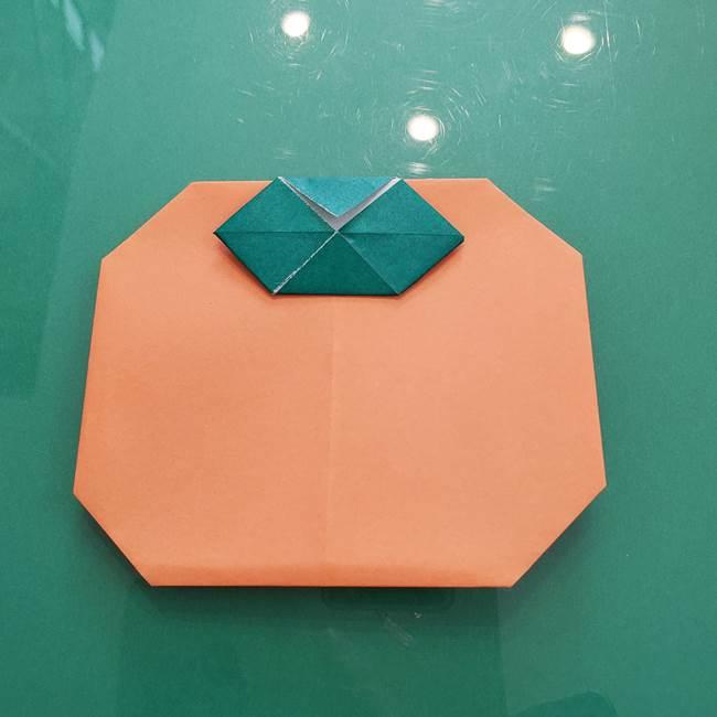柿の折り紙は幼稚園児でも簡単!子供でも一枚で平面折りできる作り方