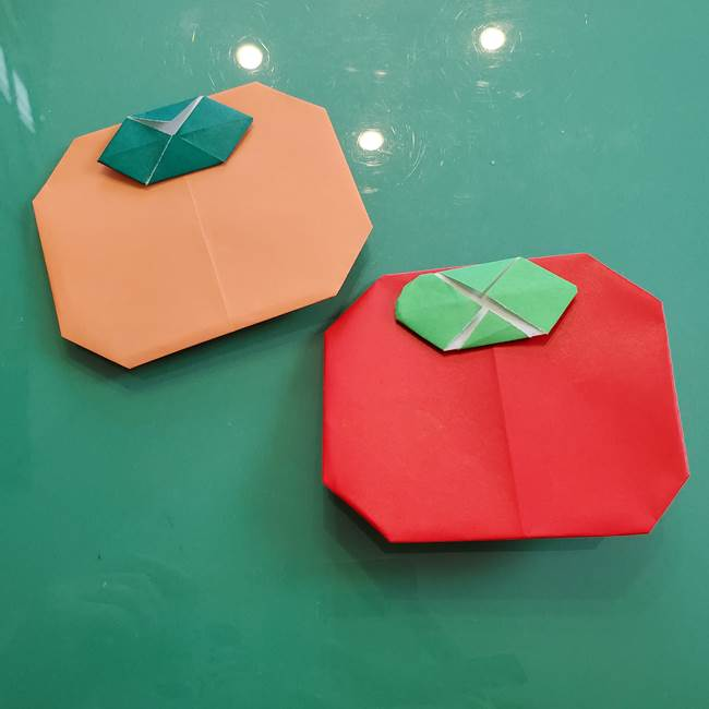 柿の折り紙は簡単で子供でも作れる♪