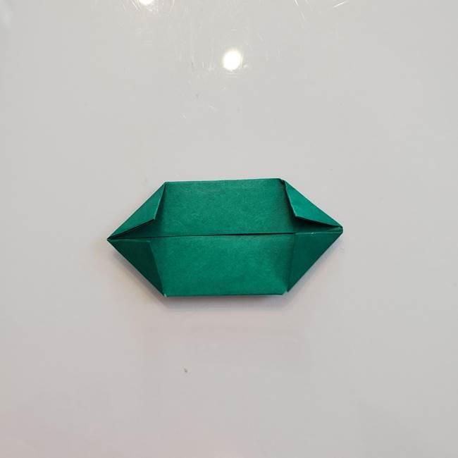 柿の葉っぱの折り紙 折り方作り方(平面)(10)