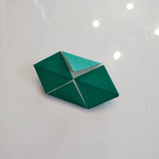 柿の葉っぱの折り紙 折り方作り方(平面)(11)
