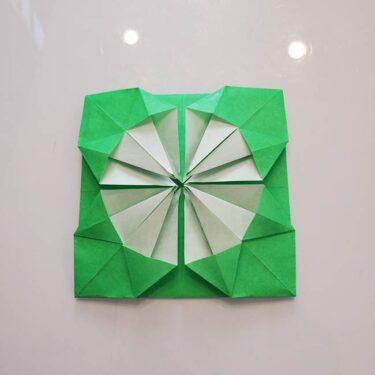 菊の折り紙が1枚で簡単にできる作り方折り方☆平面の花なのでメダルにも!