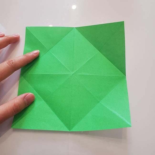 菊の折り紙 1枚で簡単にできる作り方折り方(13)