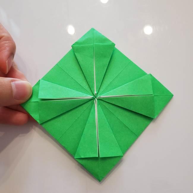 菊の折り紙 1枚で簡単にできる作り方折り方(27)